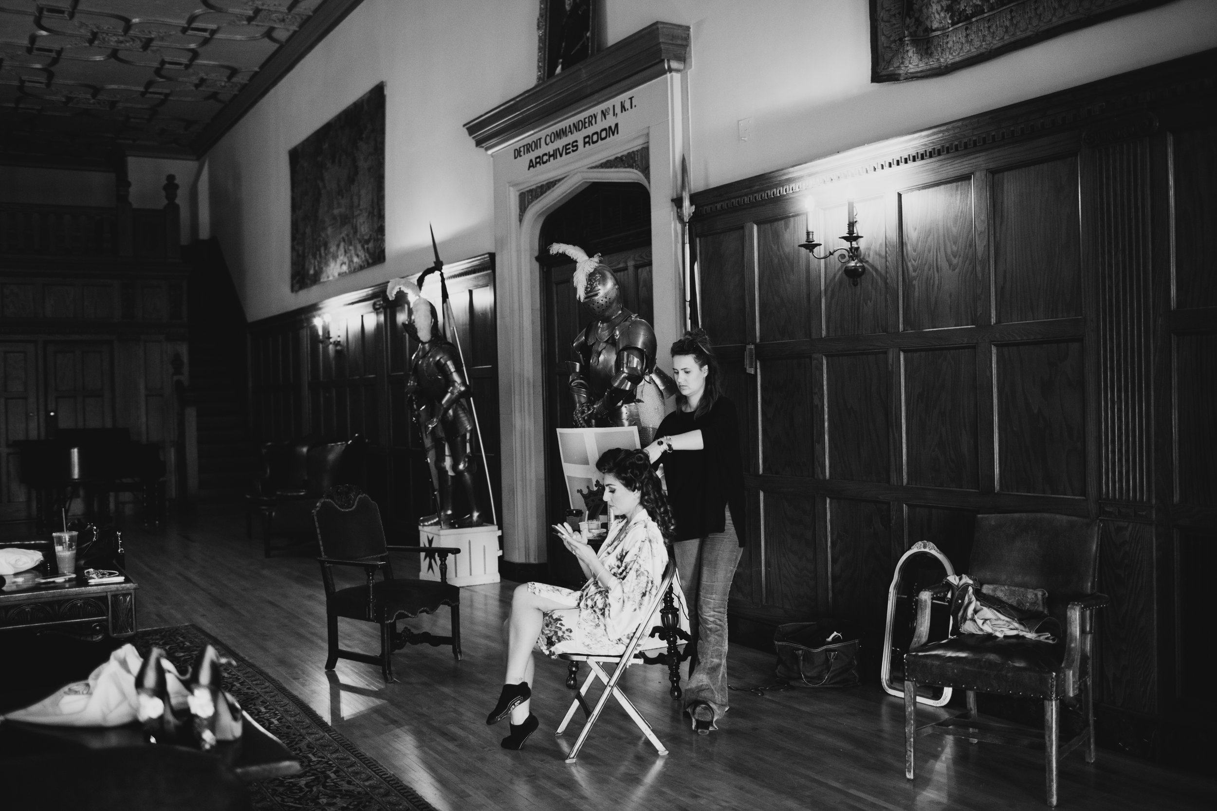 bride getting ready in historical detroit masonic temple