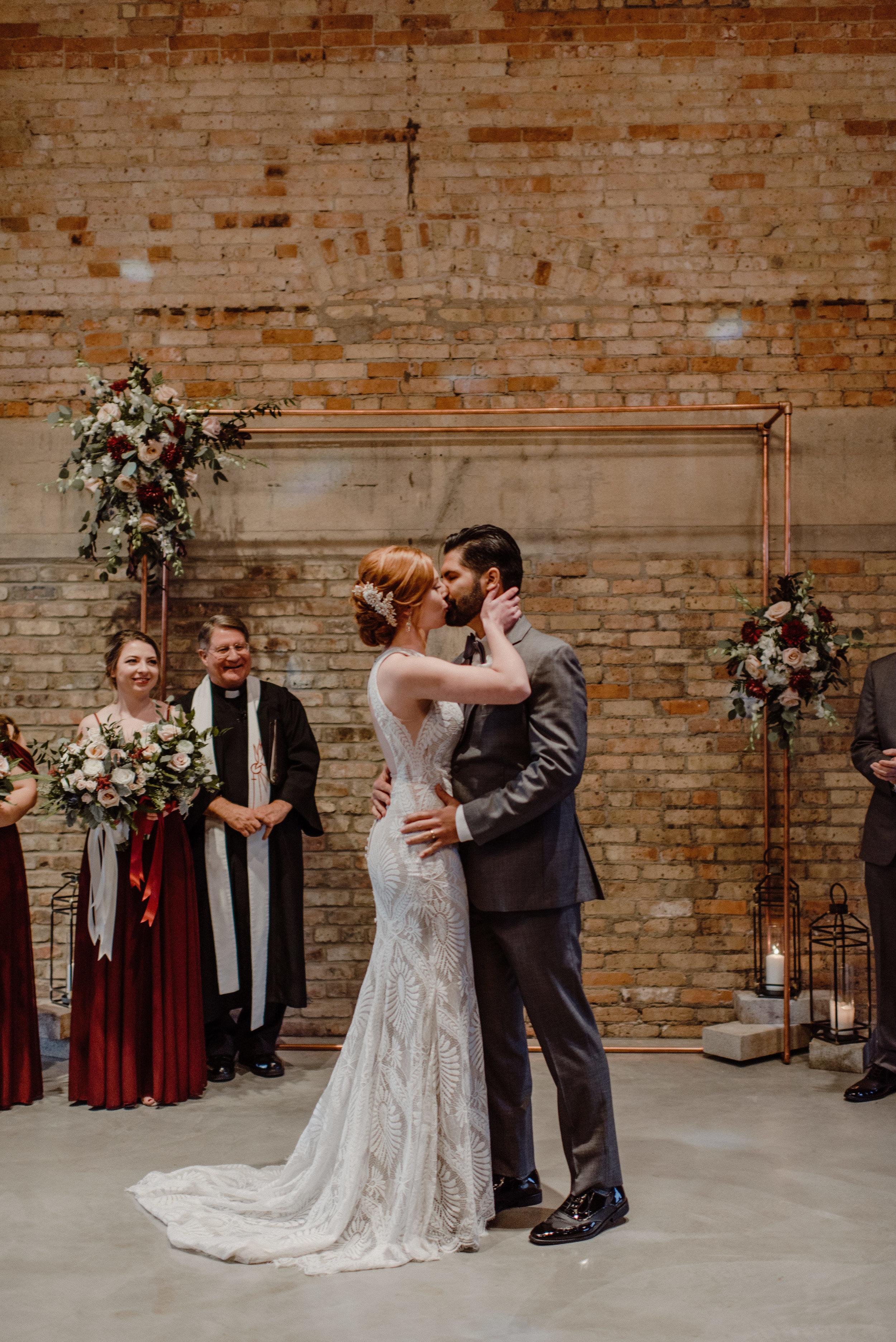 The Brix on Fox, Chicago Wedding Photographer, Zach and Rosalie00009.jpg