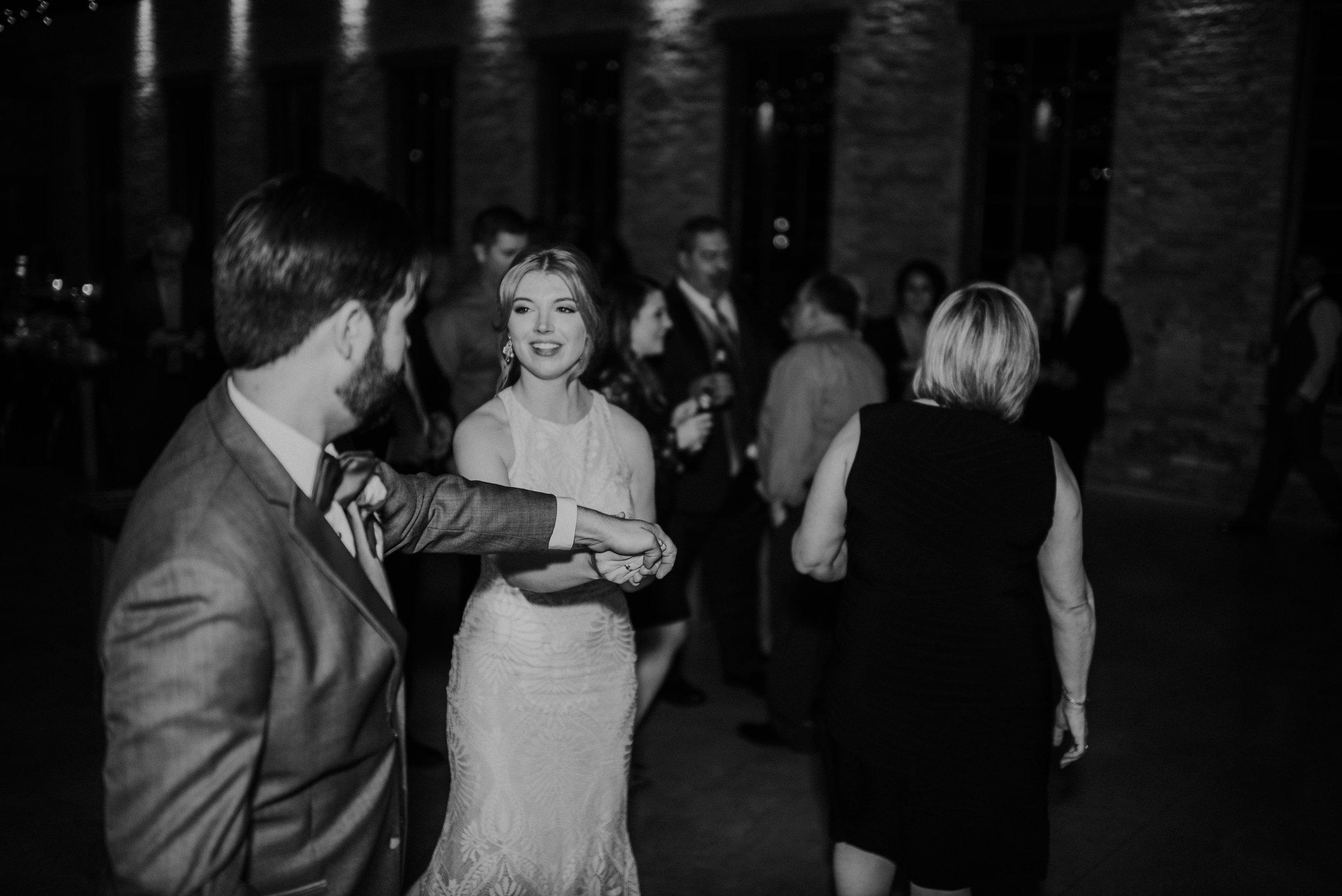The Brix on Fox, Chicago Wedding Photographer, Zach and Rosalie00092.jpg