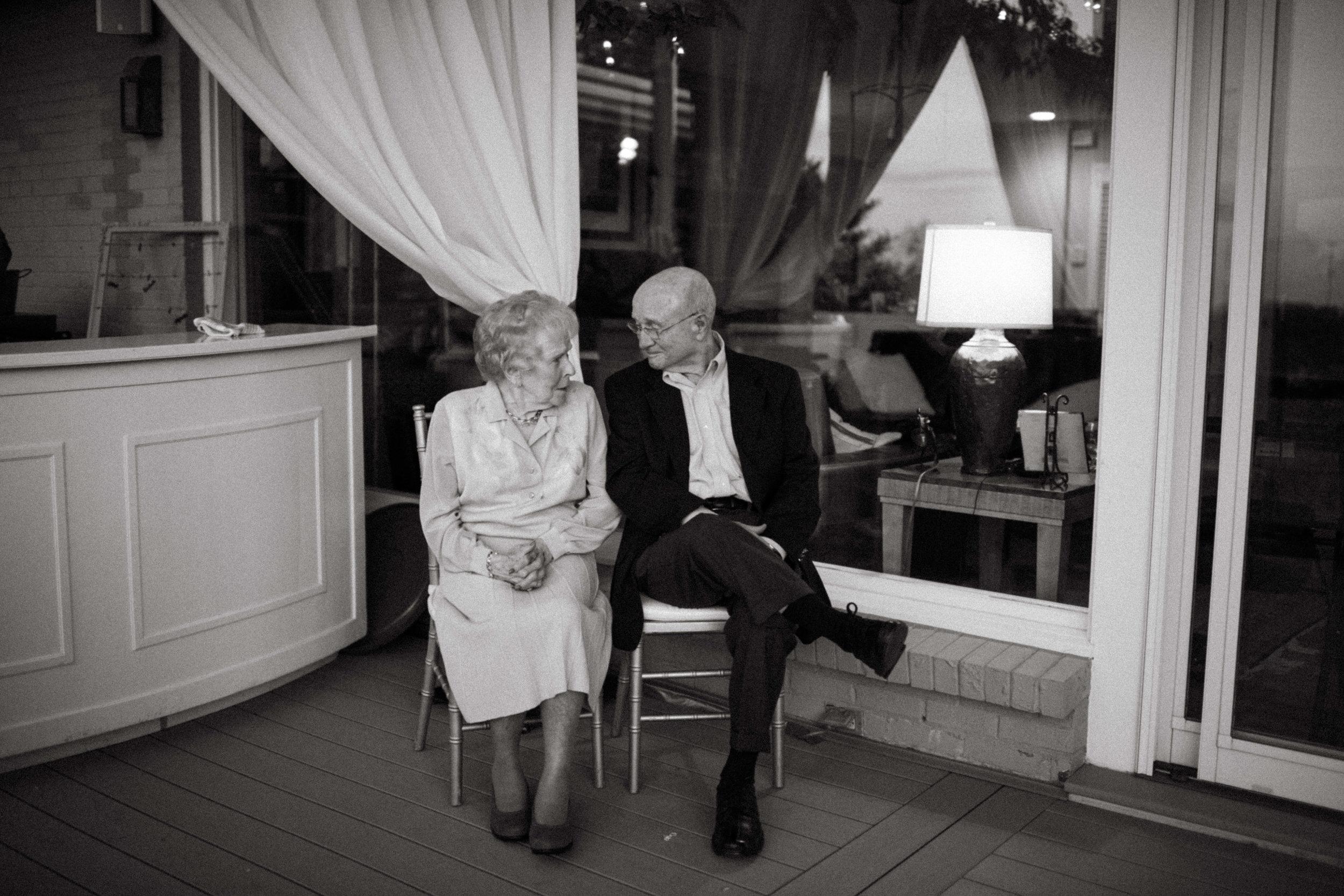 Elizabeth and Aldens Intimate Backyard wedding in Nashville Tennessee Wedding Photographer00019.jpg