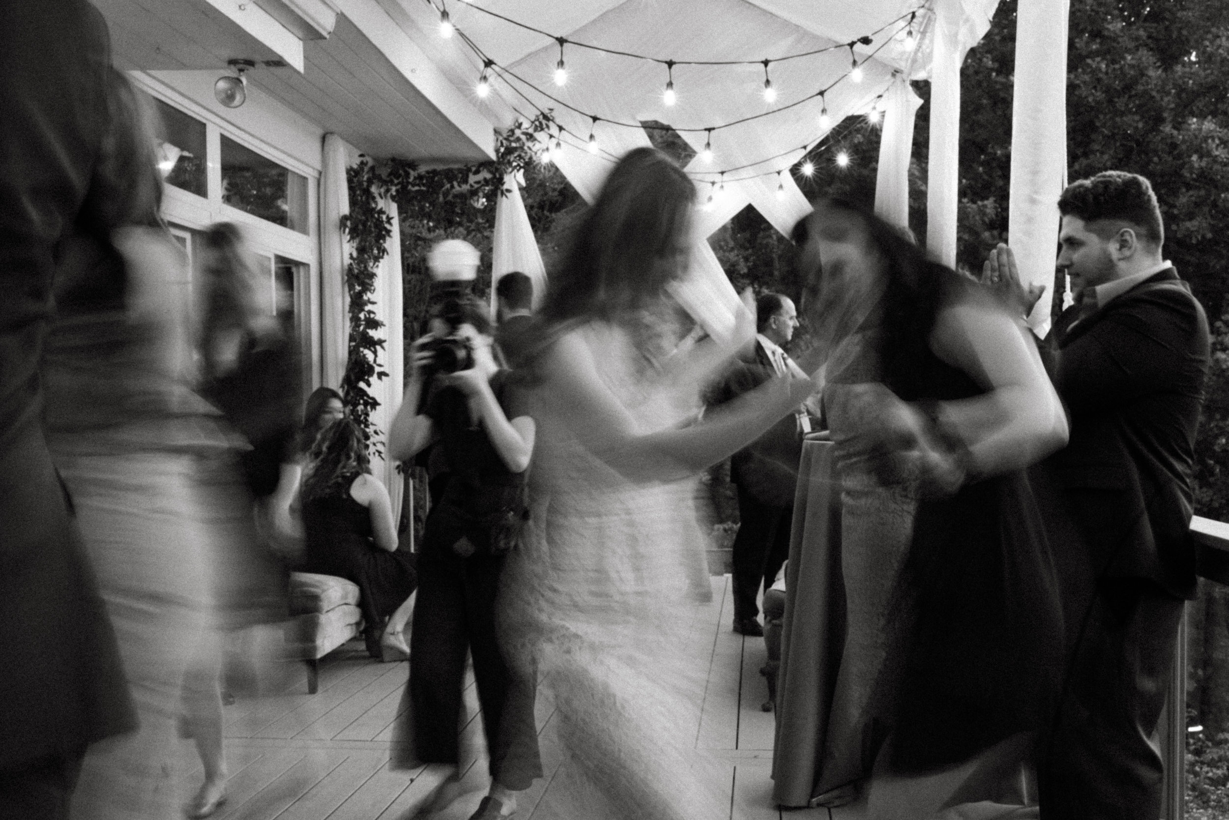 Elizabeth and Aldens Intimate Backyard wedding in Nashville Tennessee Wedding Photographer00038.jpg