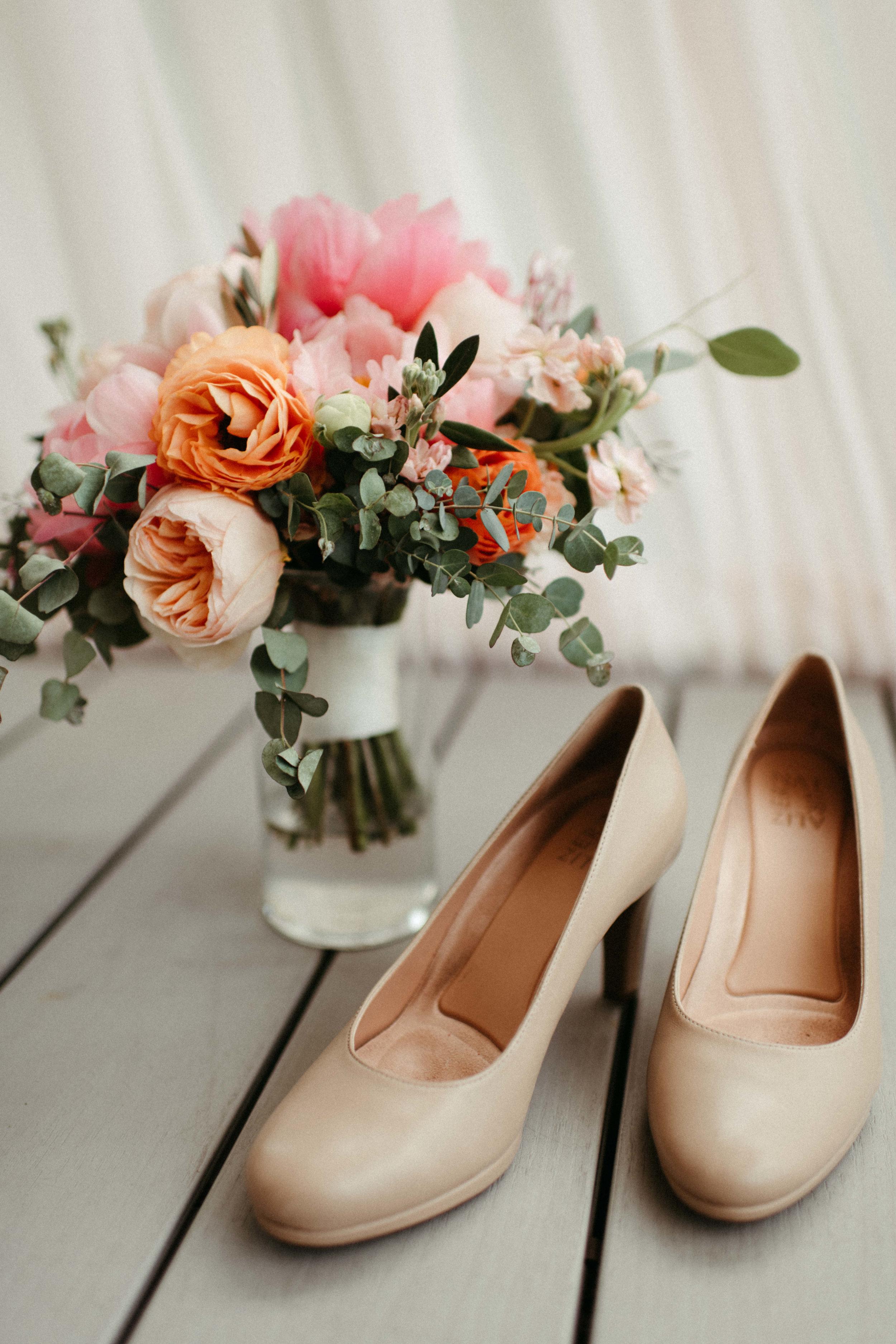Elizabeth and Aldens Intimate Backyard wedding in Nashville Tennessee Wedding Photographer00060.jpg