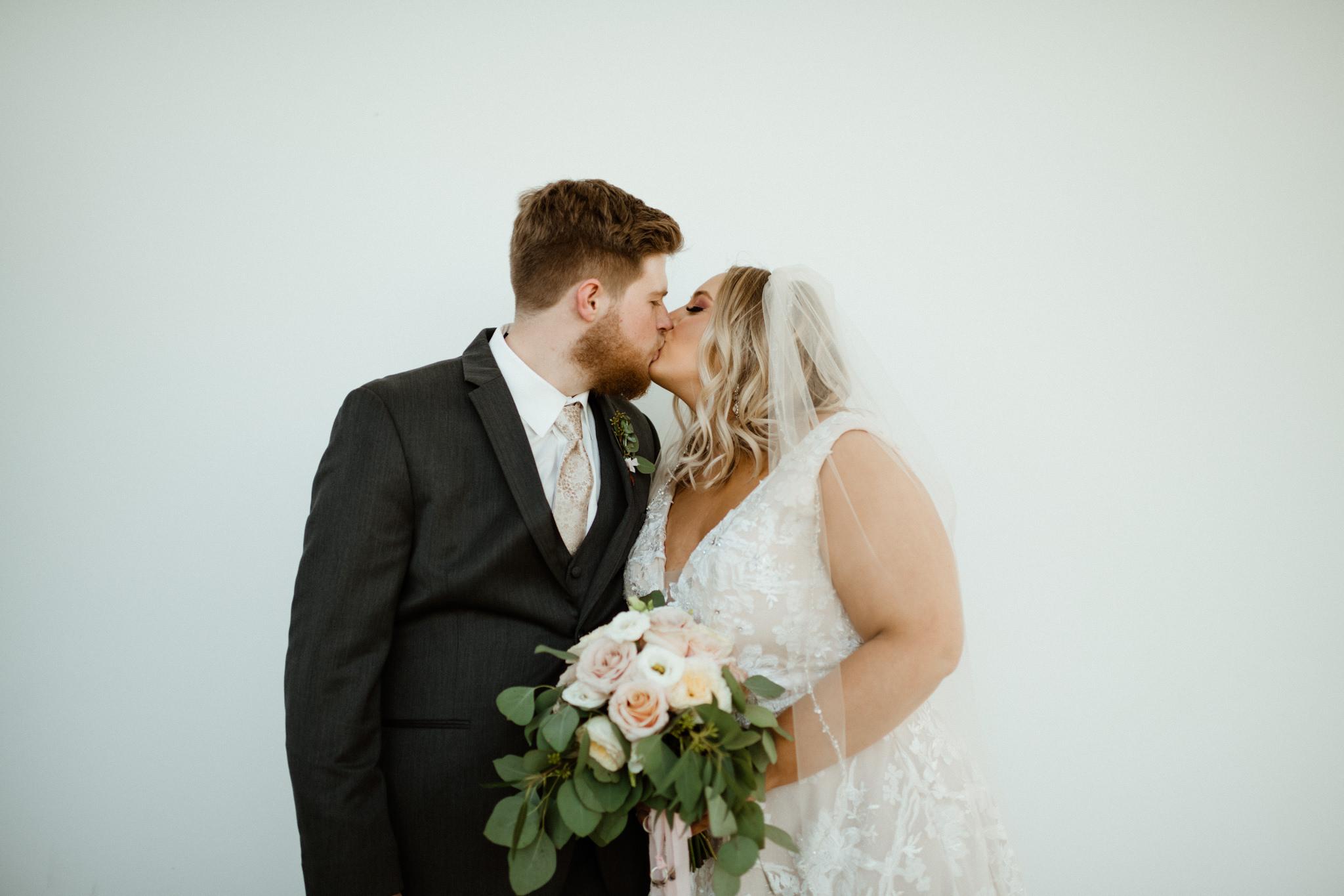 Megan Nathan Wedding, Springfield Missouri Wedding Photographer, Greenhouse Two Rivers Wedding-3468.jpg