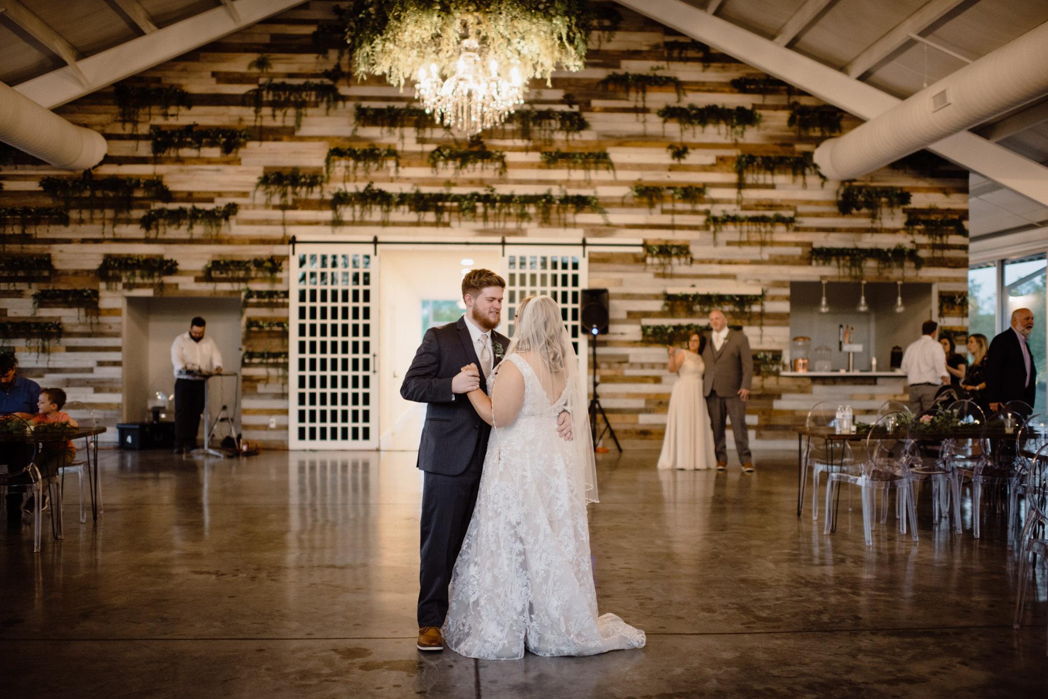 Megan Nathan Wedding, Springfield Missouri Wedding Photographer, Greenhouse Two Rivers Wedding-3826.jpg