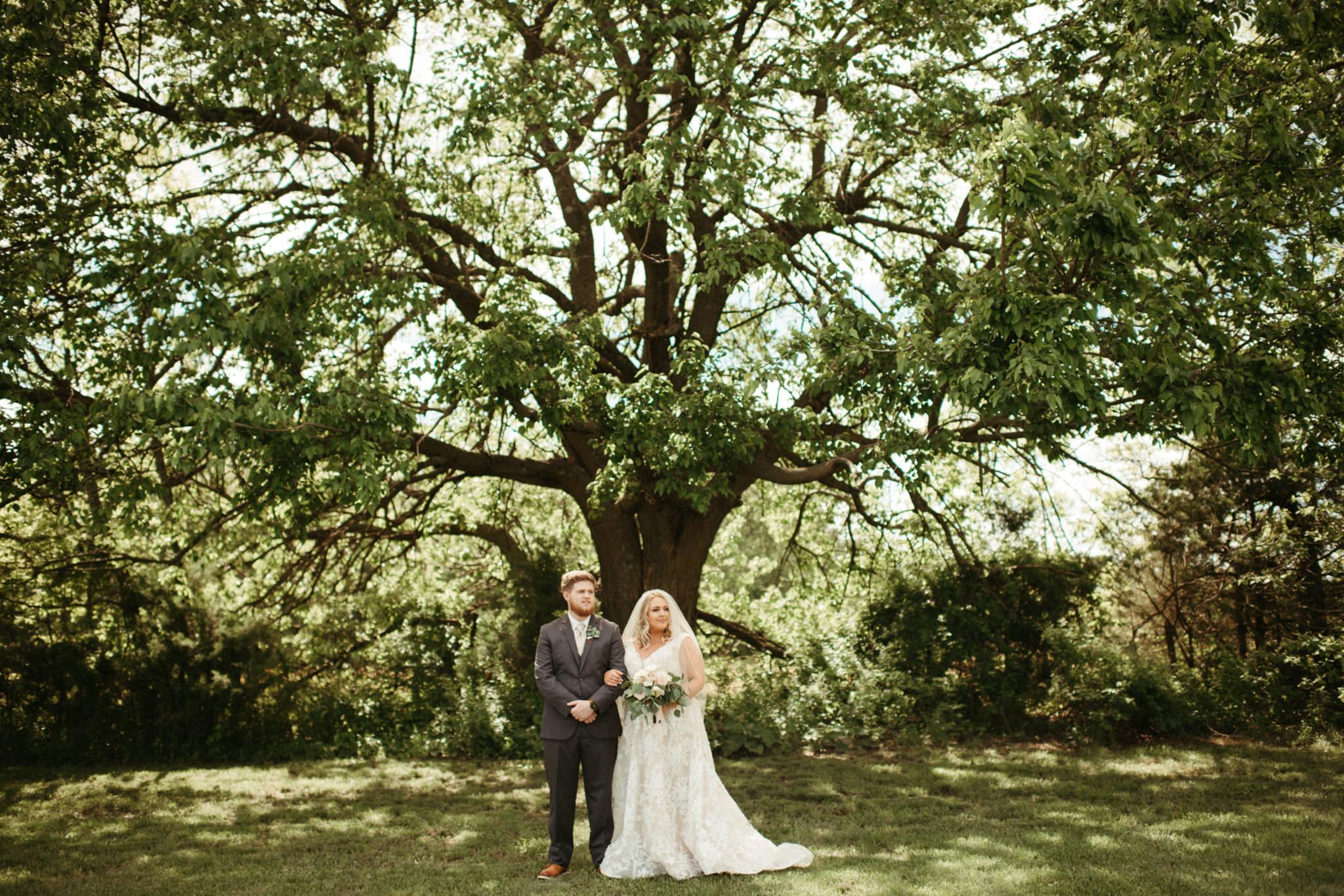 Megan Nathan Wedding, Springfield Missouri Wedding Photographer, Greenhouse Two Rivers Wedding-6027.jpg