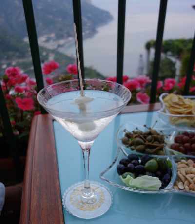 Hotel Bars Ravello martini.jpg