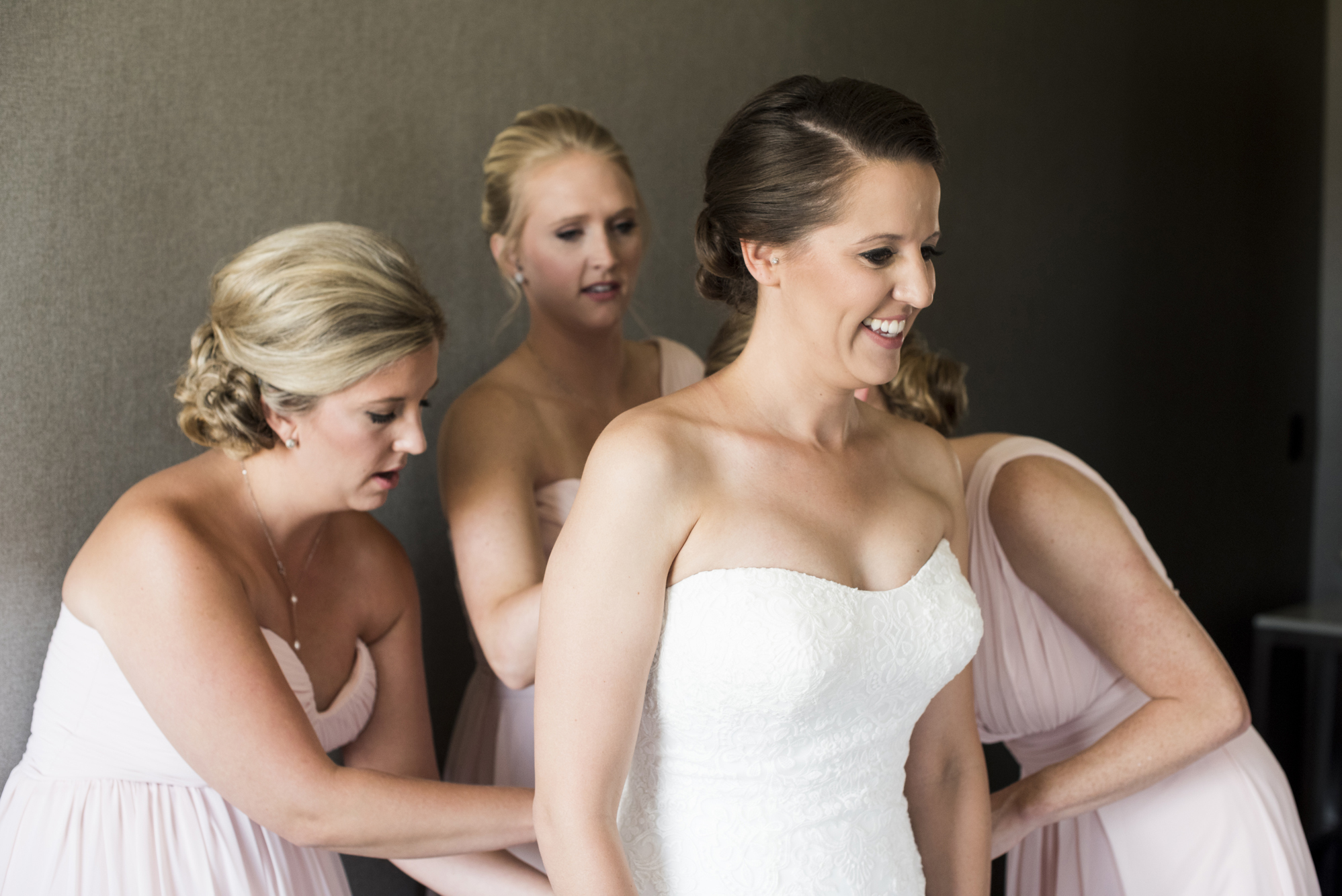 Wedding Photos Minneapolis | Photography by Melissa Hesse | Rivets & Roses
