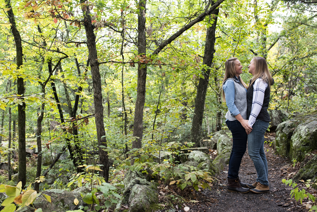 St. Croix River Engagement Session | Affordable Minneapolis Wedding Photographers | Photo by Melissa Hesse | Rivets & Roses