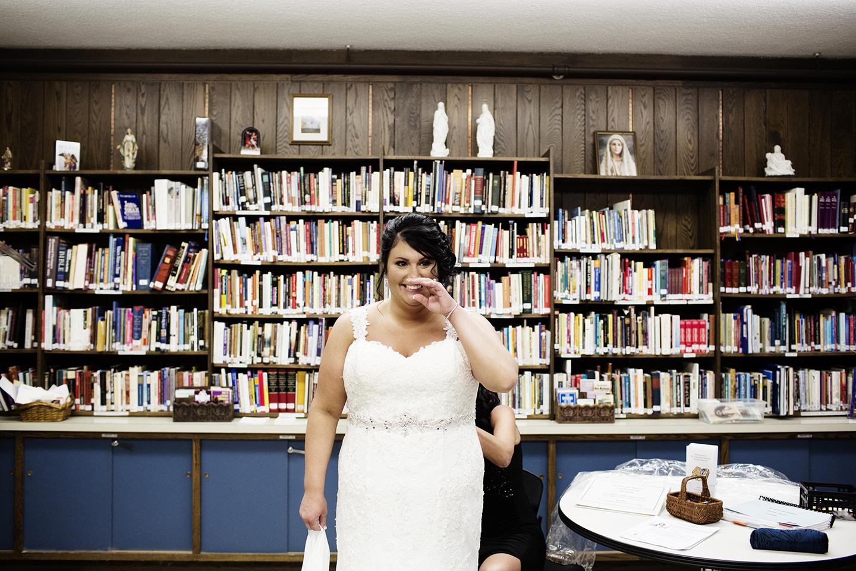 Wedding Photographer | Photogen Inc. | Eliesa Johnson | Based in Minneapolis, Minnesota