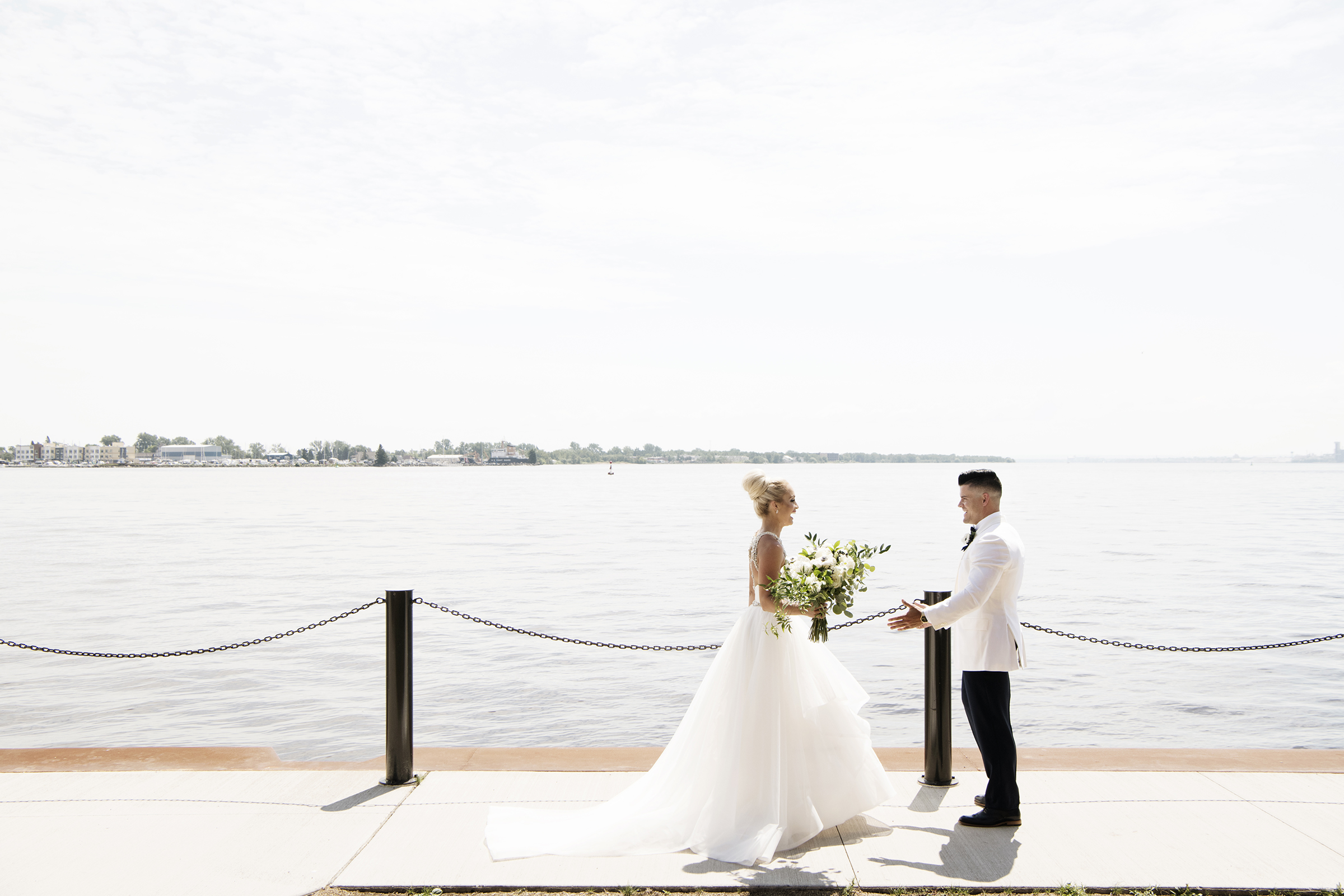 Duluth, Minnesota Wedding Photos | Photography by Photogen Inc. | Eliesa Johnson | Luxury Wedding Photography Based in Minneapolis, Minnesota