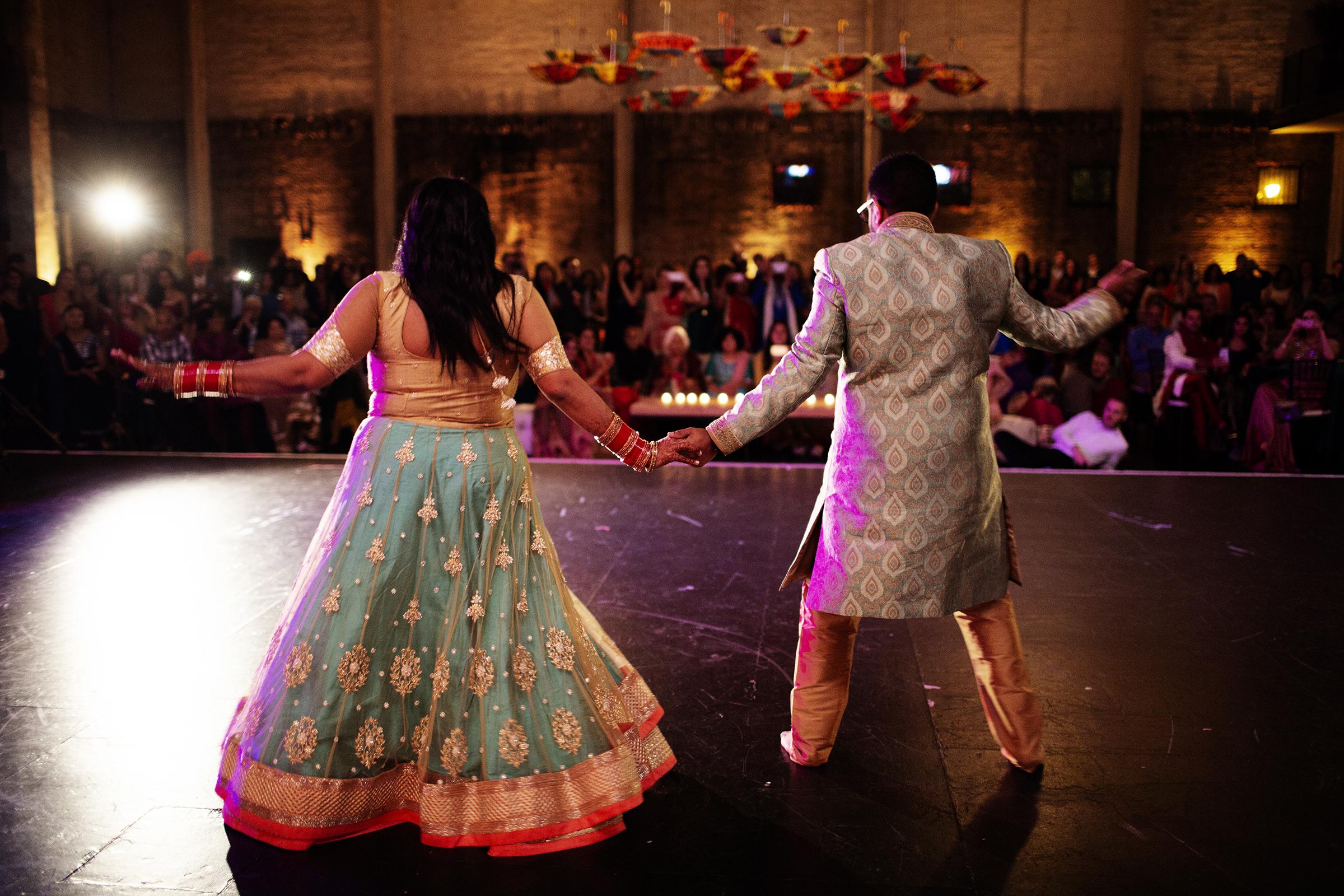 Aria Event Center Sangeet   Minneapolis Wedding Photos   Photography by Photogen Inc.   Eliesa Johnson   Luxury Wedding Photography Based in Minnesota