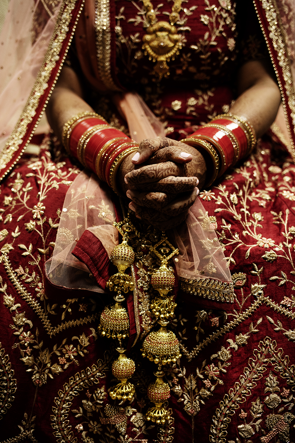 Indian Bride | Minneapolis Wedding Photos | Photography by Photogen Inc. | Eliesa Johnson | Luxury Wedding Photography Based in Minnesota