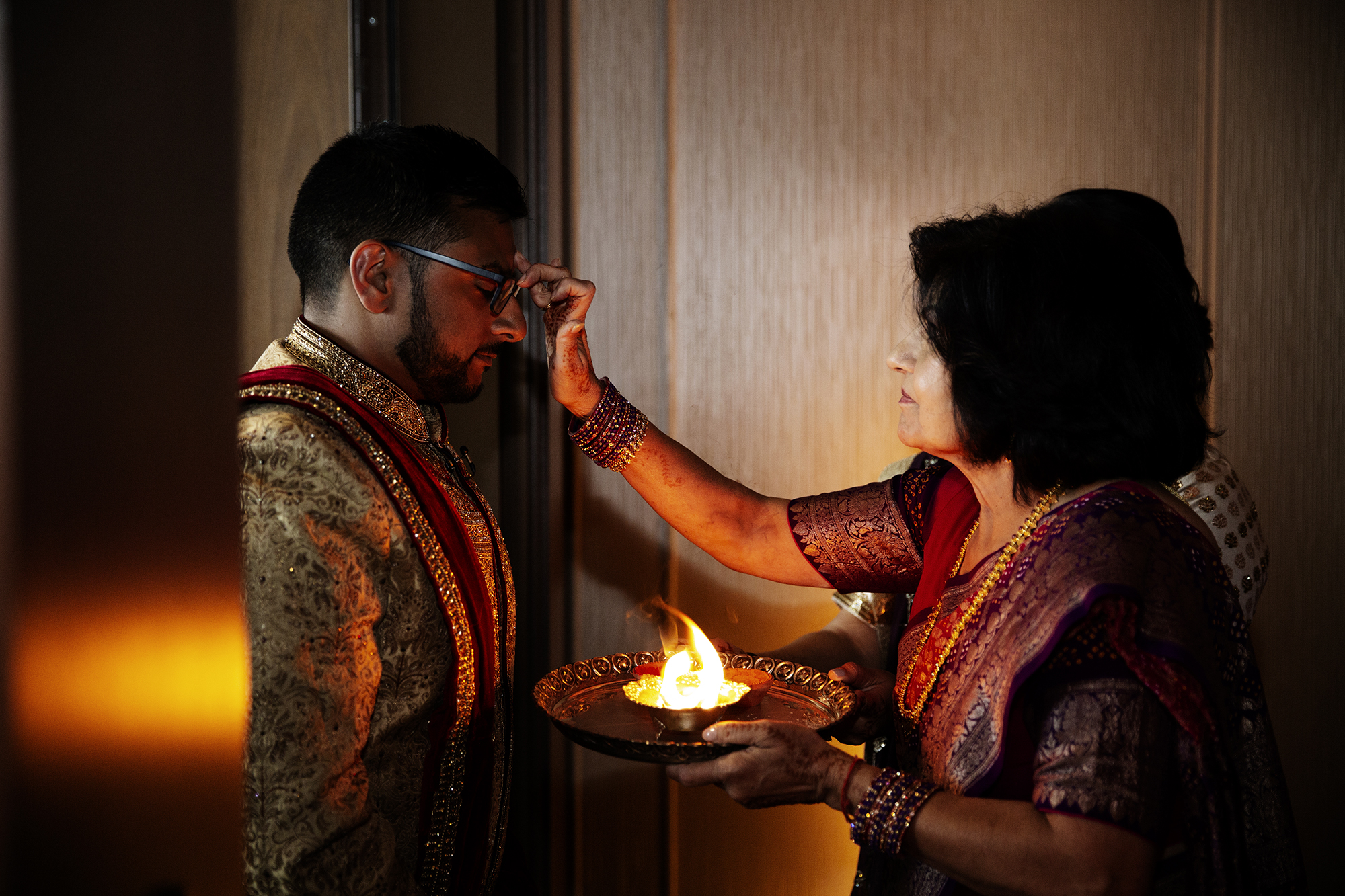 Indian Groom | Minneapolis Wedding Photos | Photography by Photogen Inc. | Eliesa Johnson | Luxury Wedding Photography Based in Minnesota