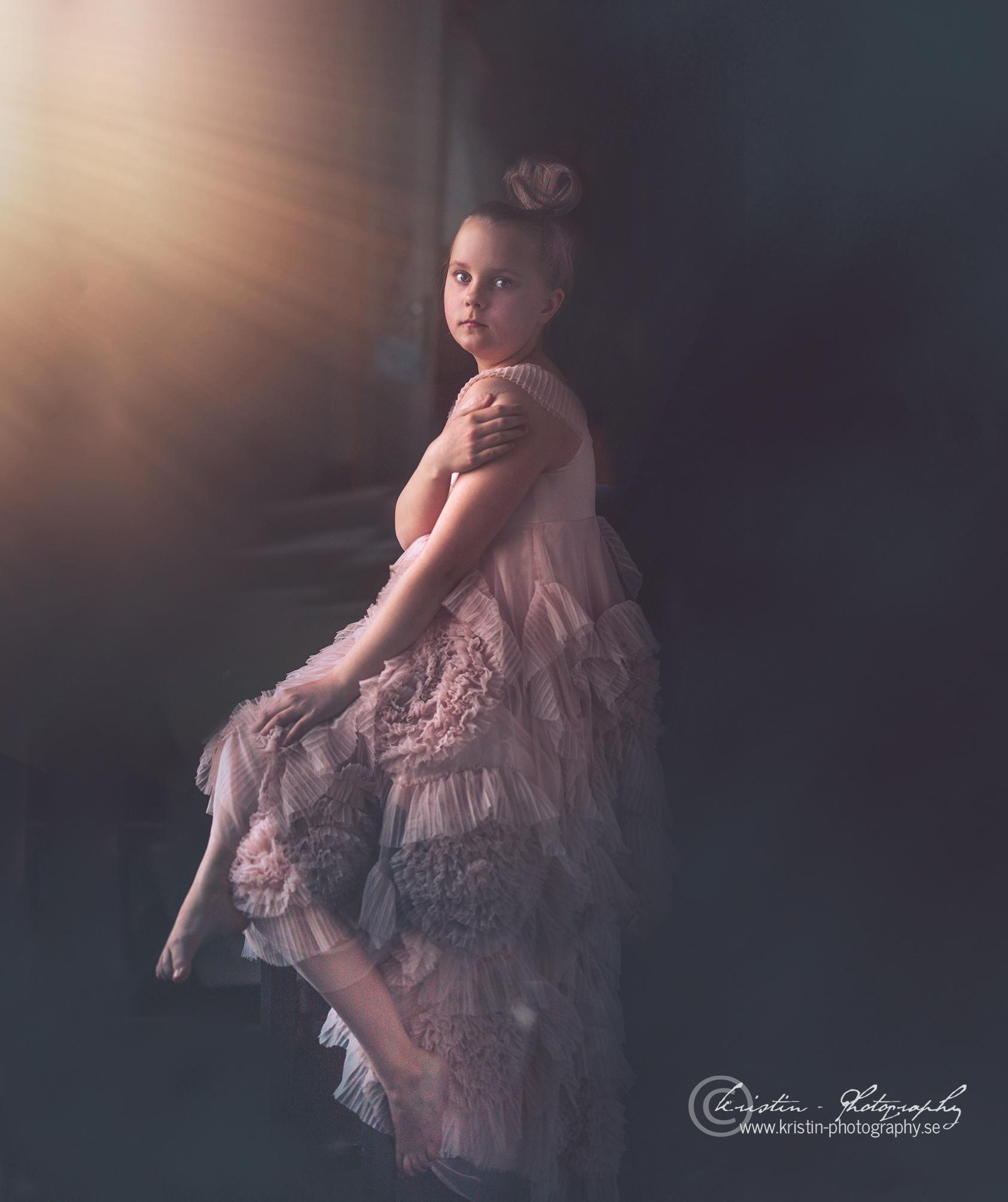 Barnfotograf Kristin - Photography-1cop.jpg