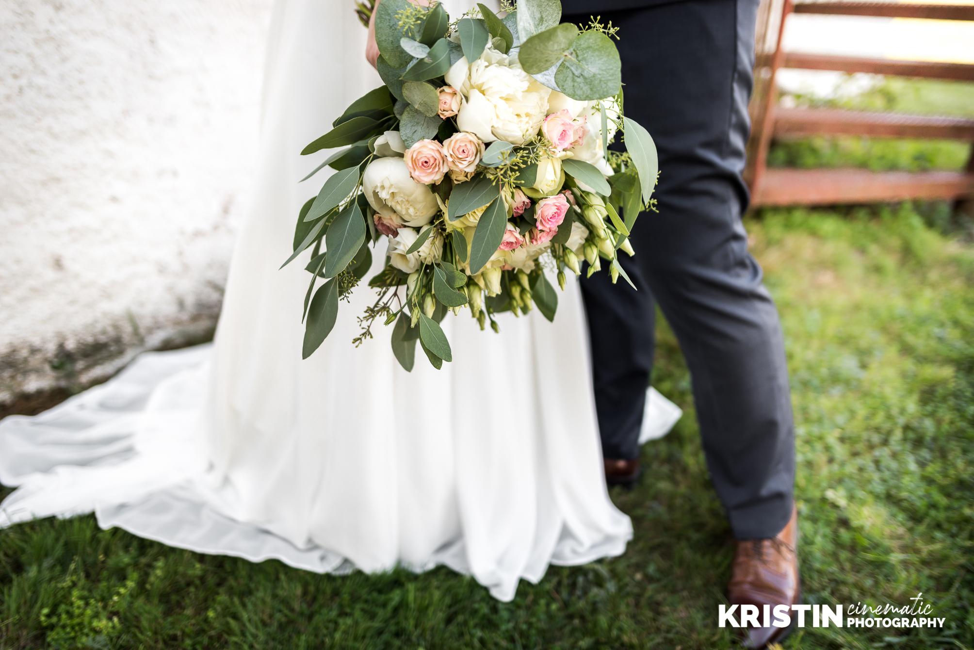 Tängsta gård 2018 - När en av ens närmsta vänner gifter sig och man får föreviga hela dagen och sminka den fantastiska bruden.
