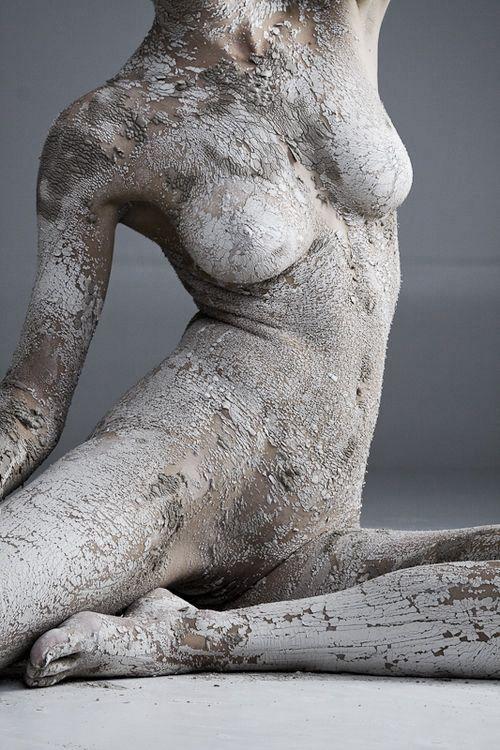 b3c00f0ae26e0f0dacba7559b77ef6e3--human-body-photography-nude-photography.jpg