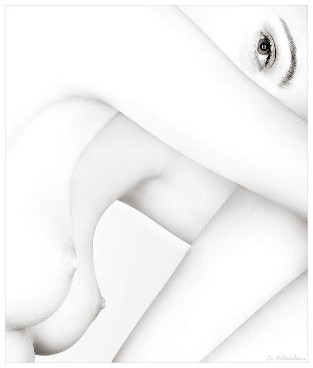 d5d9e84e14179fff2f0eac4b37274bc0--high-key-photography-creative-photography.jpg