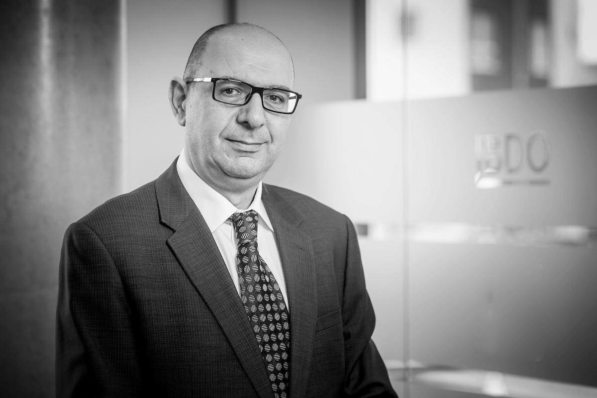 Peter Charalambous   Senior Consultant