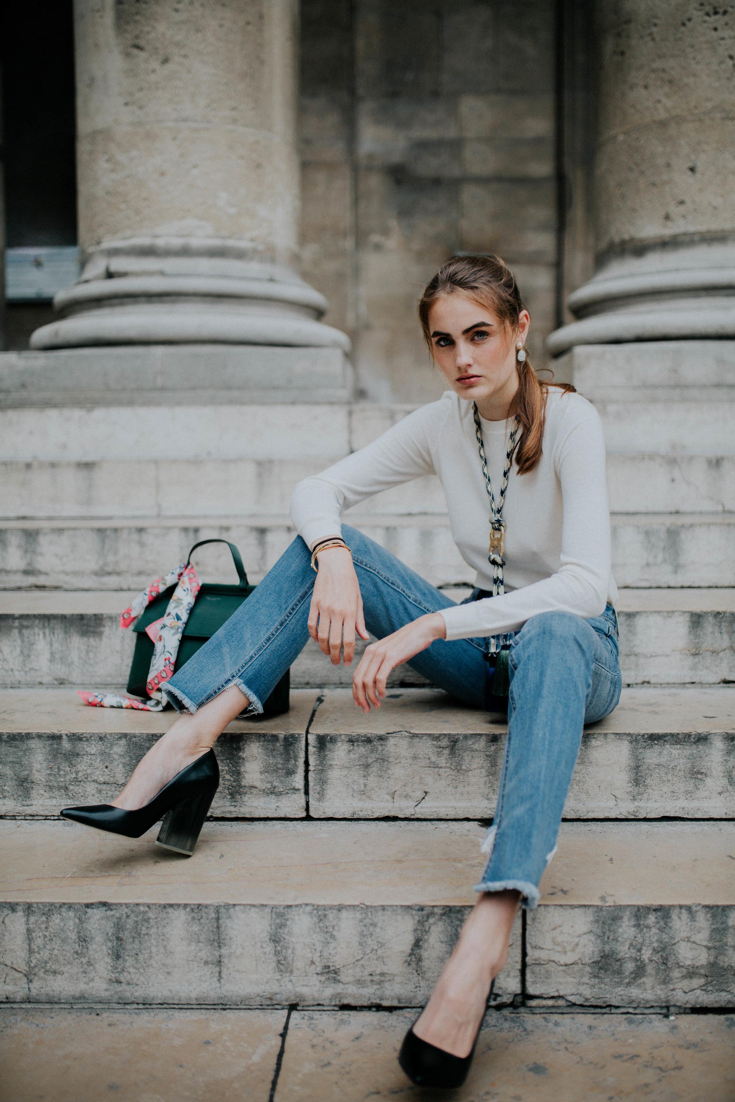 Lisa Abos - Lisa's Look #4: Iberia Cashmere Sweater,Long Gemini-Link Rope Necklace , Francesca Pumps
