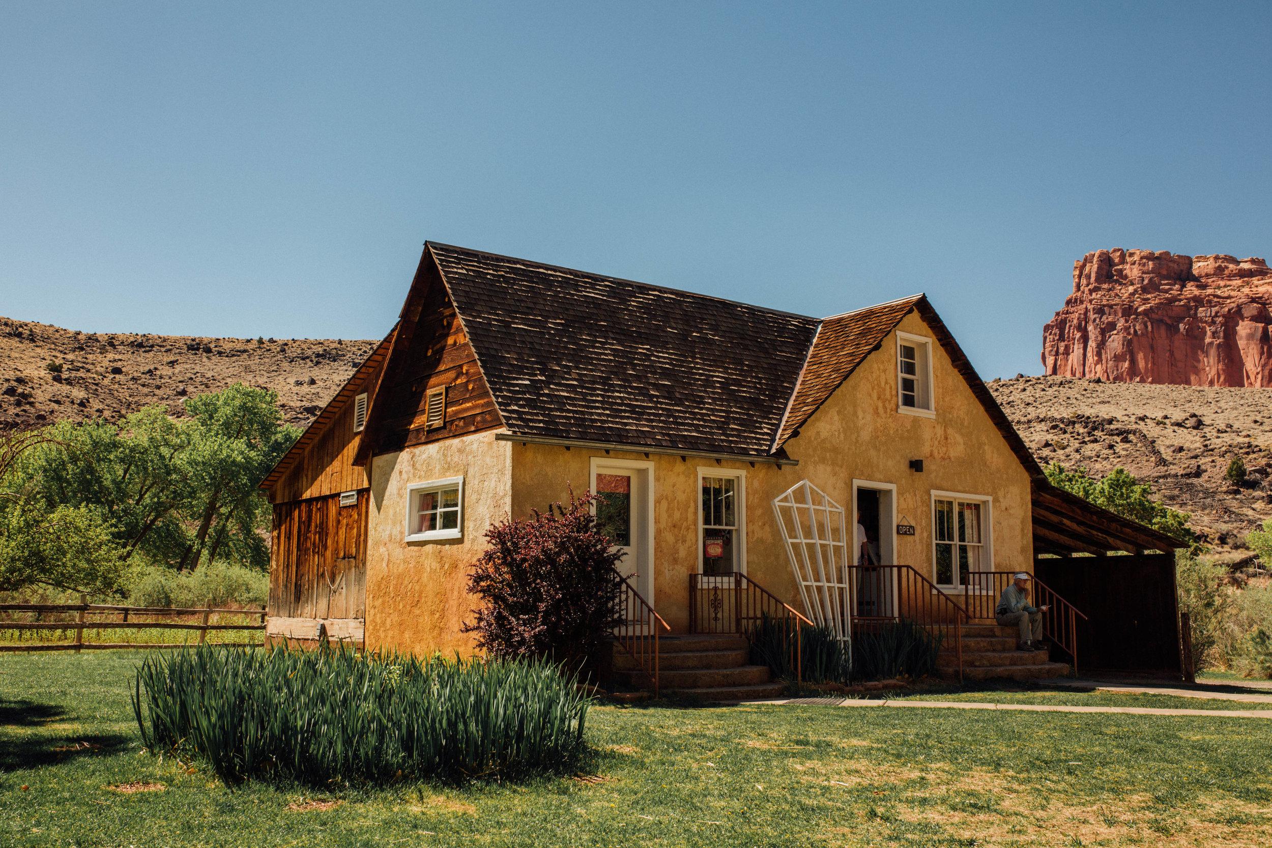 Gifford Homestead - Travel Photography