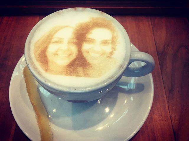 O café mais lindo e mais cheio de amor da vida ❤️☕️❤️ _____ mamys e eu _____ #coffee #coffeetime #cafe