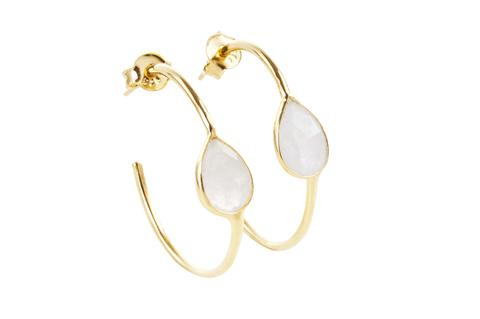 Samsara Earrings from Esme Loves - the timeless jewellery shop created by Sophie after the birth of her daughter. Check out her lovely shop and us code MAMALOVES for 10% off.