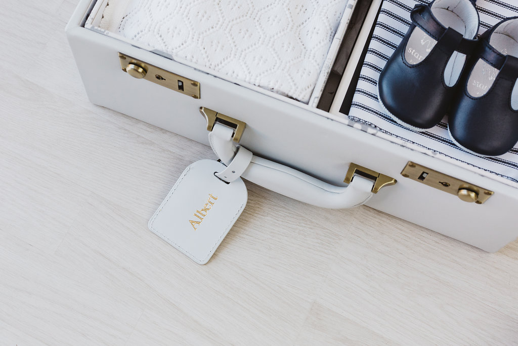 MEMINIO - I've long been a fan of these gorgeous memory cases. Such a wonderful, original idea, and so beautifully executed. Just perfect.Use code MAMA10 for 10% off