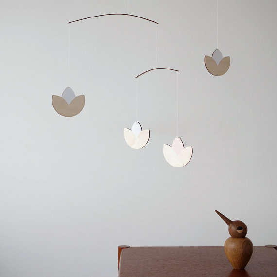 NELLIE BRUNO - How sweet is this mobile? I love the simplicity of it.Use code MAMAHOOD10 for 10% off