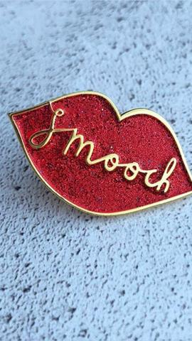 Rachel Gale: Smooch Badge