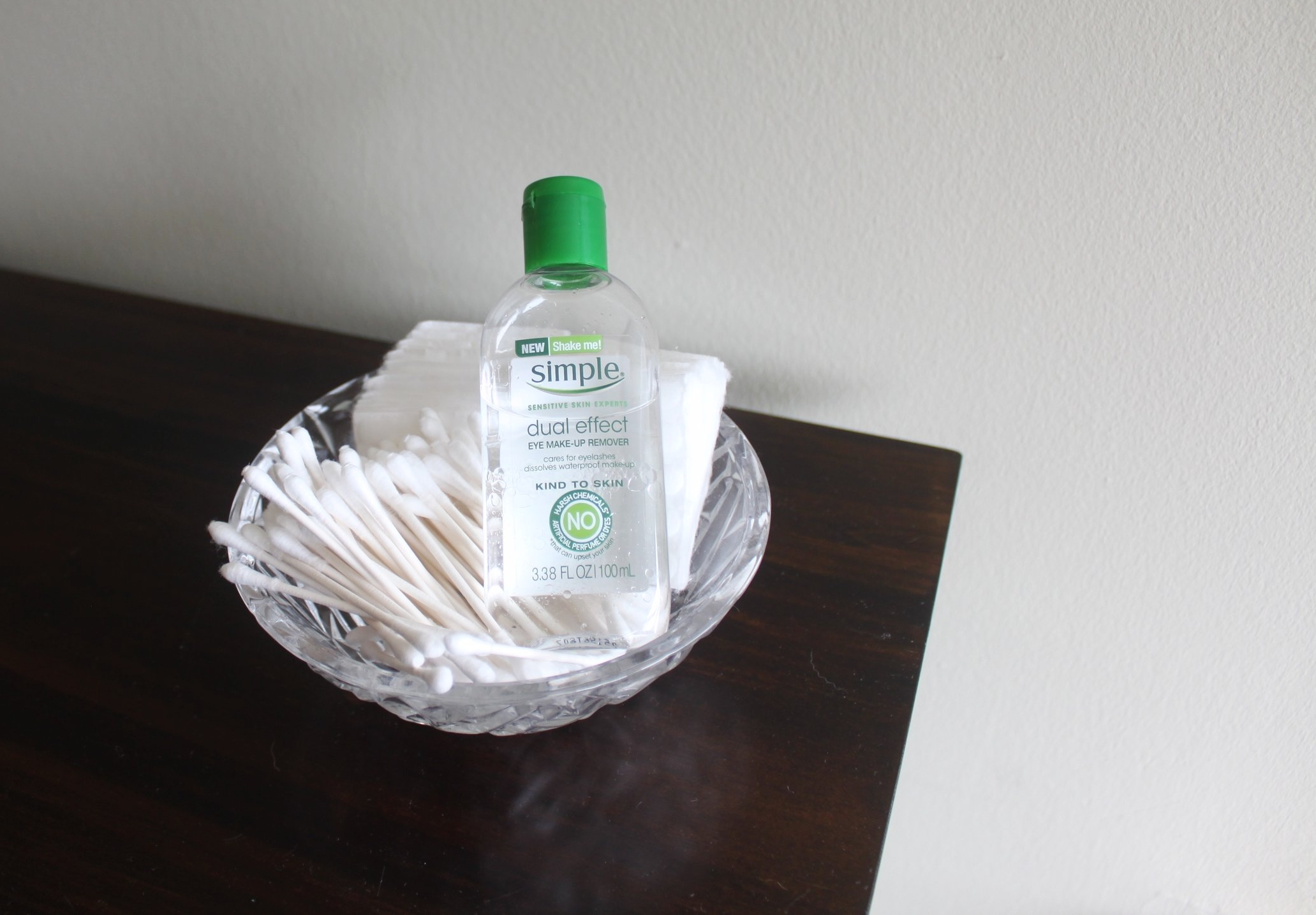 simple-eye-makeup-remover