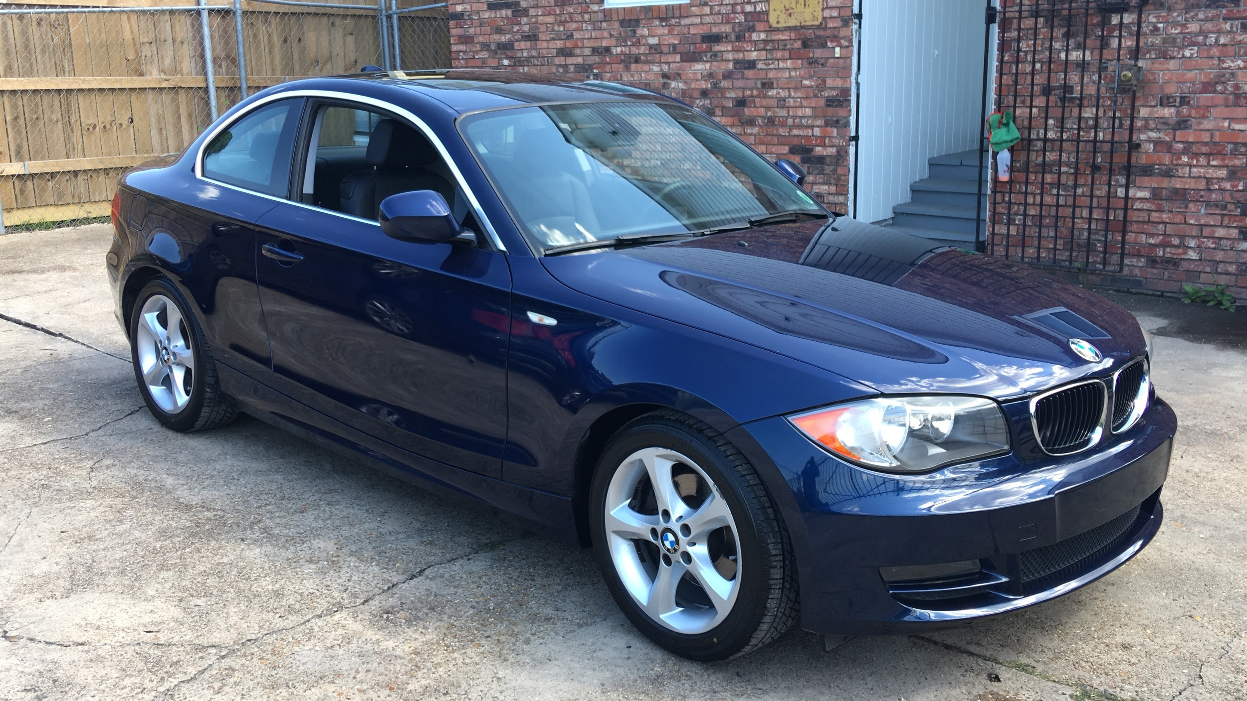 BMW 128i (Ultimate Slate)