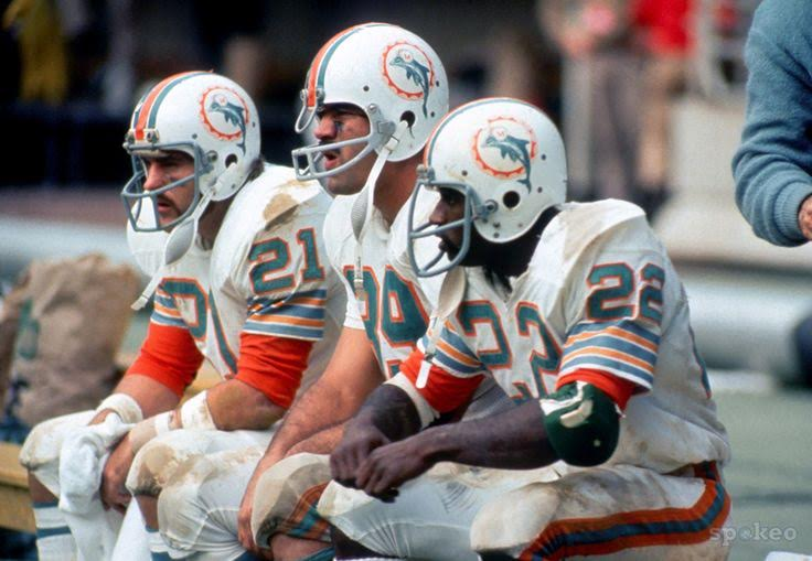 1972 Miami Dolphins undefeated (2).jpg