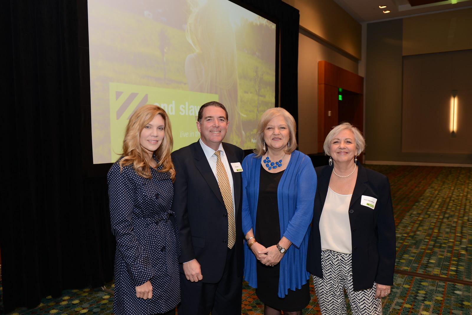 Alison Krauss with ESTN Board Executive Committee. Pictured from left to right: Alison Krauss, Bill Decker, Derri Smith, Susie Higginbotham