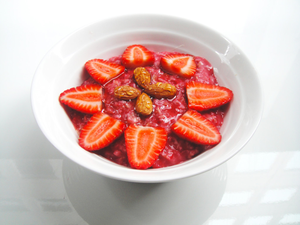 rose-water-porridge-with-raspberries-edited-2-1024x768.jpg