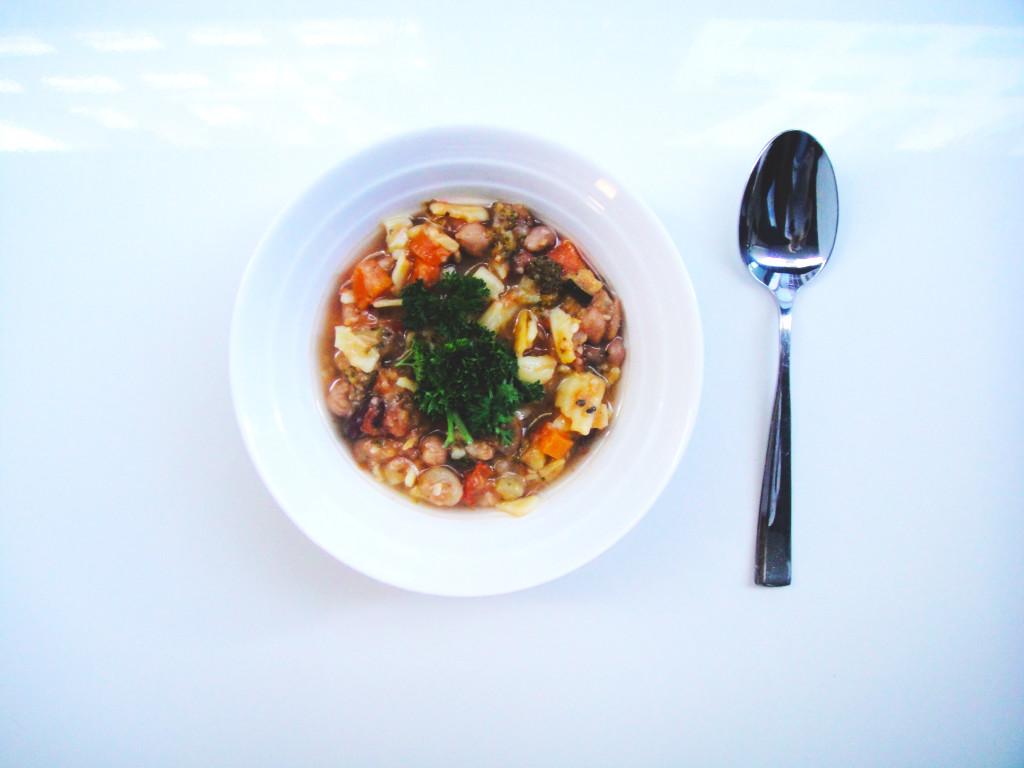 chunky-vegetarian-minestrone-edited-1024x768.jpg