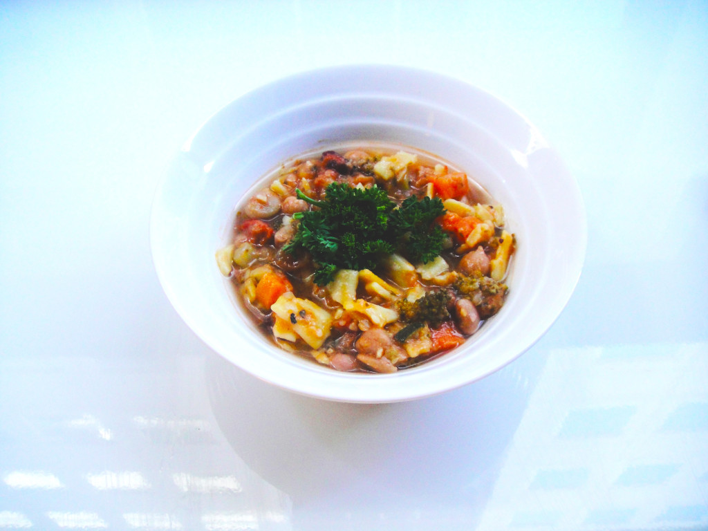 chunky-vegetarian-minestrone-edited-2-1024x768.jpg