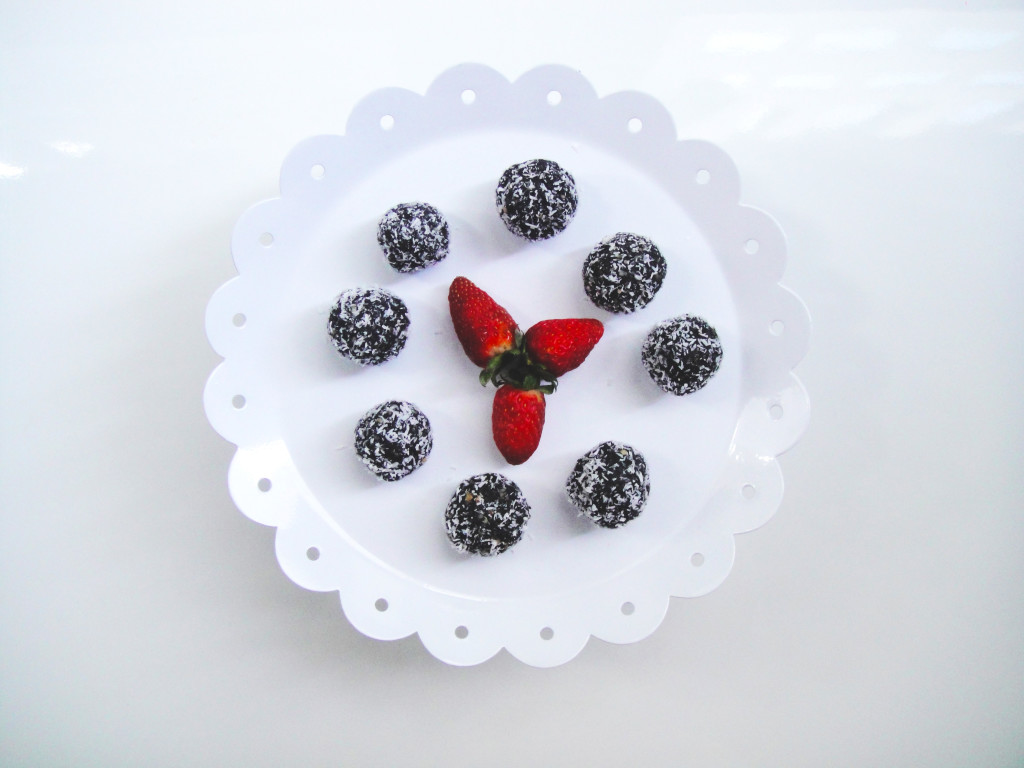strawberry-flavoured-chocolate-balls-edited-1024x768.jpg