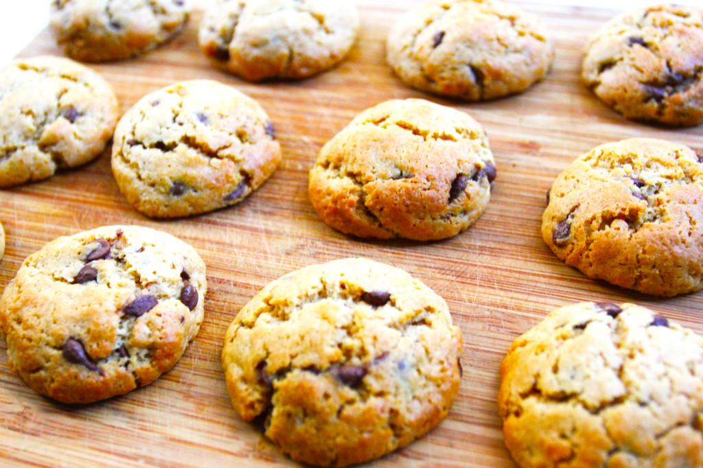 vegan-choc-chip-cookies-edited-2-1024x682.jpg