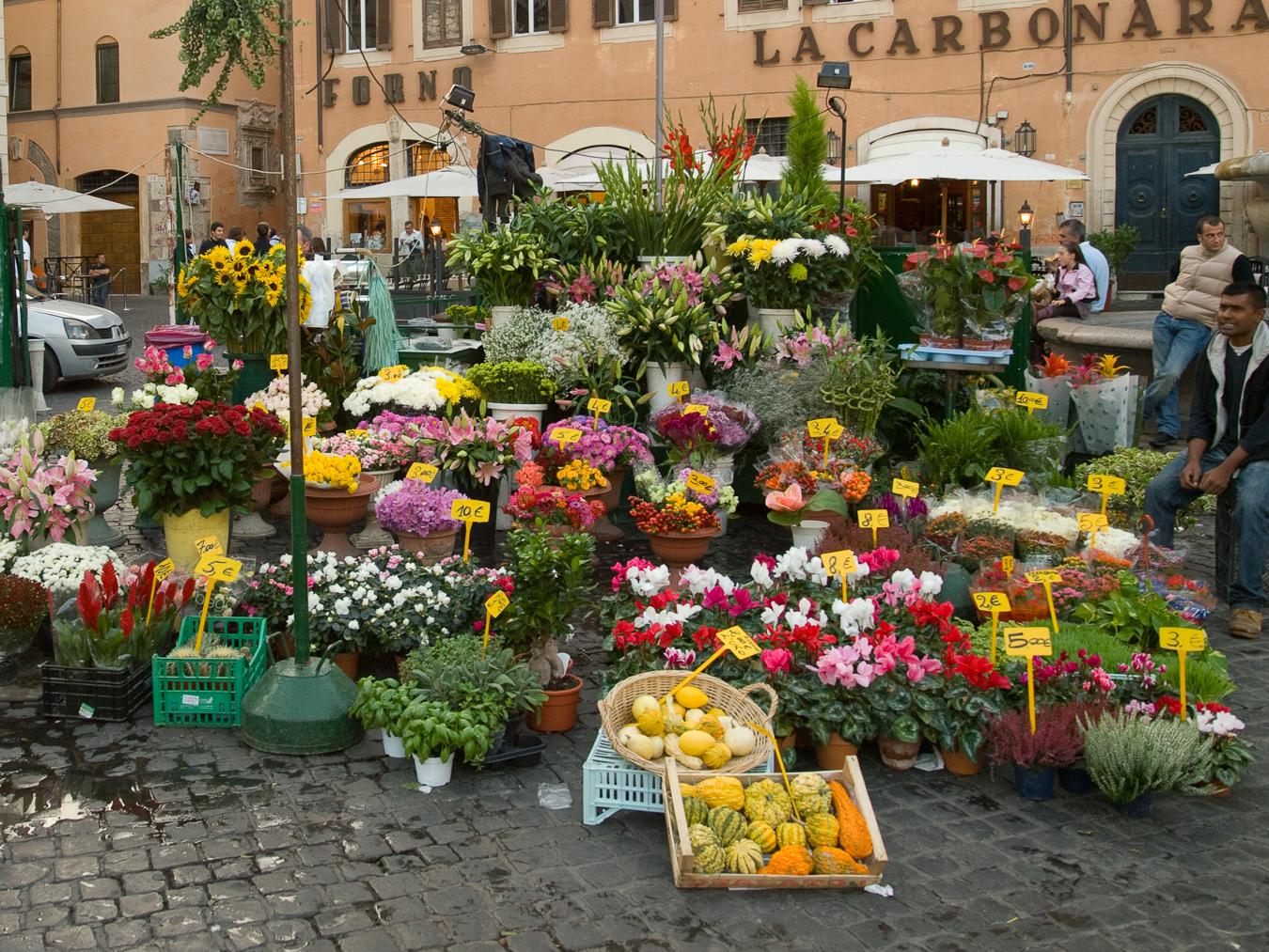 Summer market in the Campo di' Fiori in Rome.