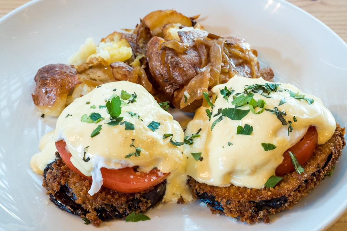 Eggs Benedict Cotto (vegetarian)