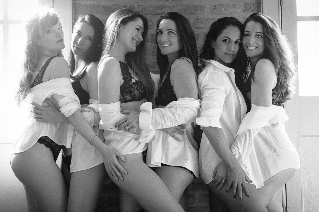 Group_Boudoir_Party_Photo