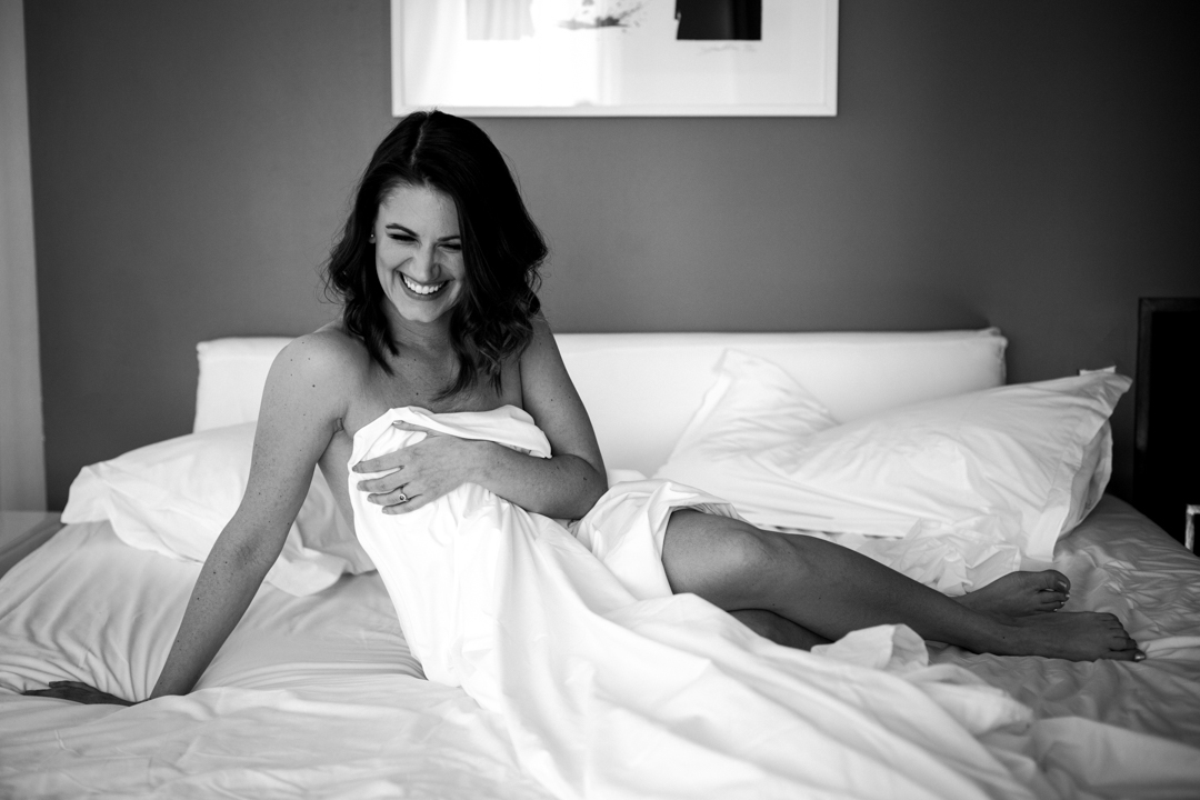 Woman-in-The-Rivington-Hotel-Brooklyn-NYC-Boudoir-Photography-IMG_0981-Edit.jpg