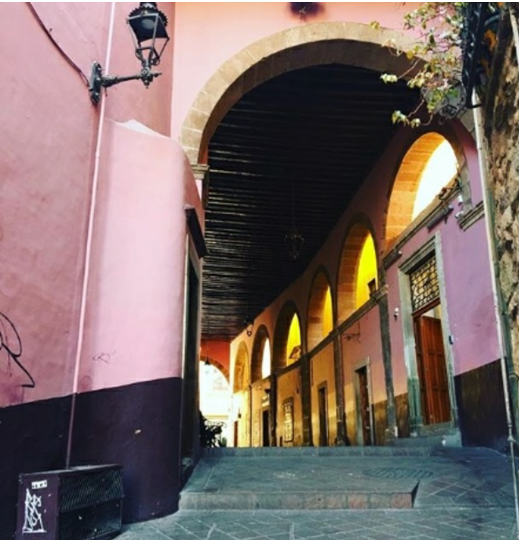 guide-1516751131828-SF-36-hours-in-colonial-artistic-guanajuato-mexico.png