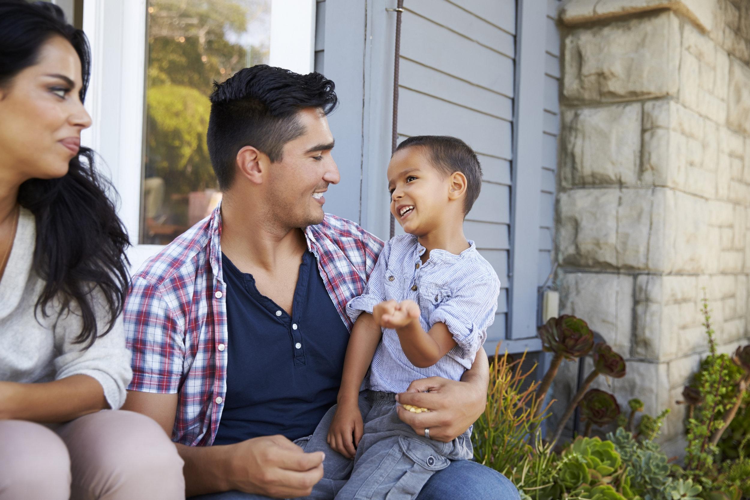hispanic-family-baby_623294882.jpg