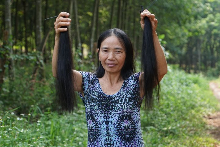Thuy sold her hair to start a business that will support her family for years to come.
