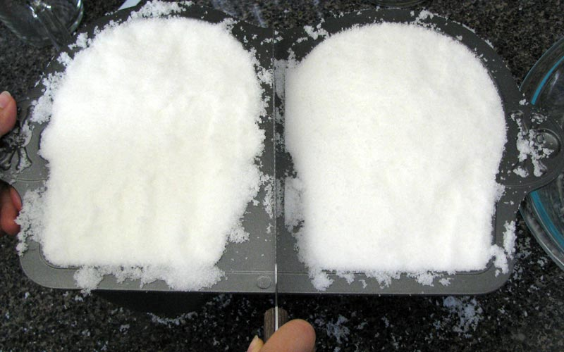 Making Sugar Skulls with a Full Mold