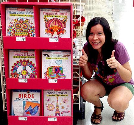 萨妮雅和她的涂色书在迈克尔betway必威官网app