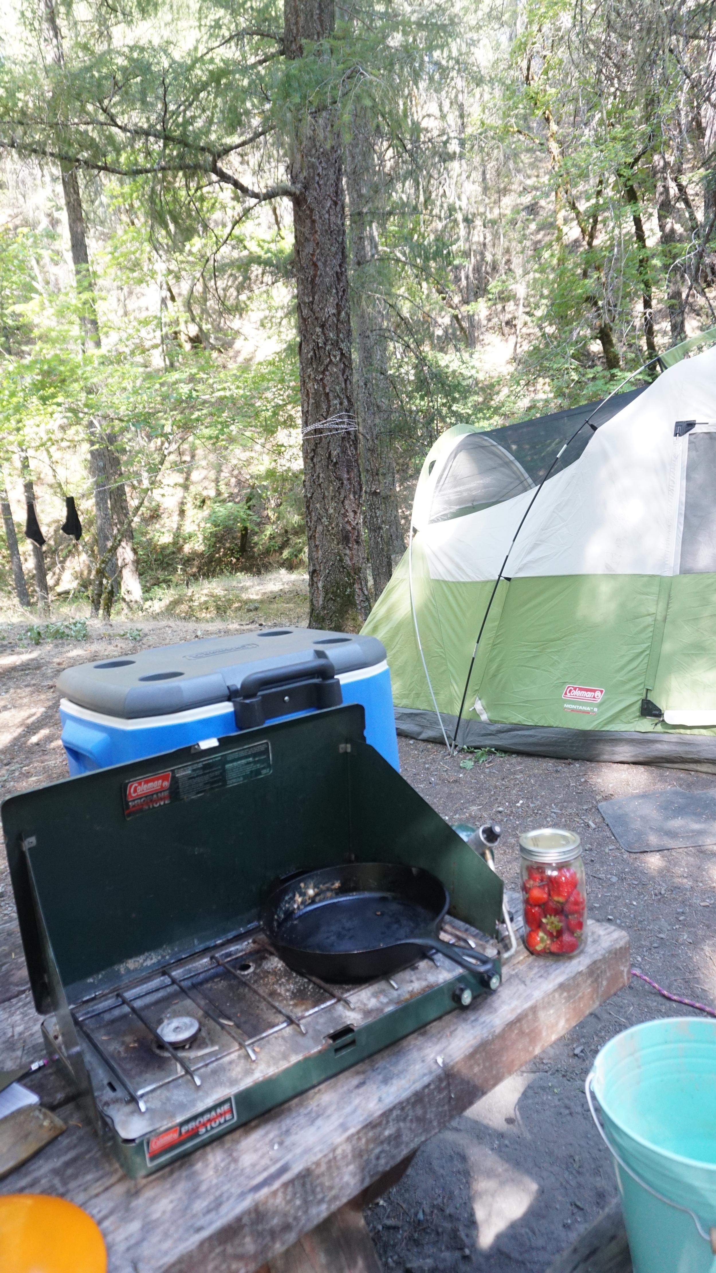 A zero waste camping trip from www.goingzerowaste.com