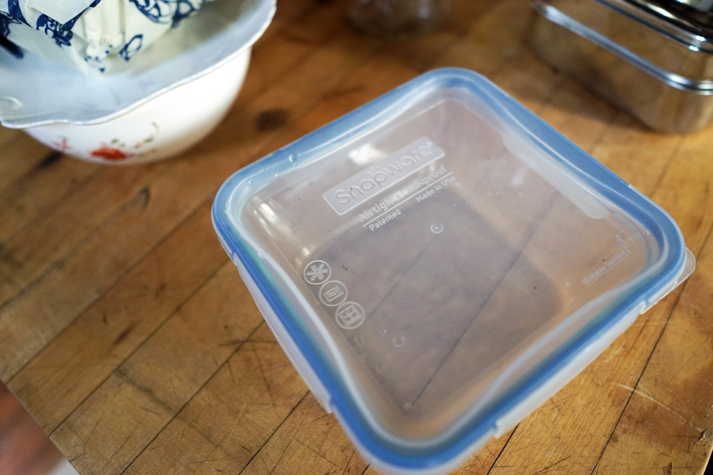 8 ways to store leftovers without plastic from www.goingzerowaste.com #zerowaste #plasticfree #leftovers