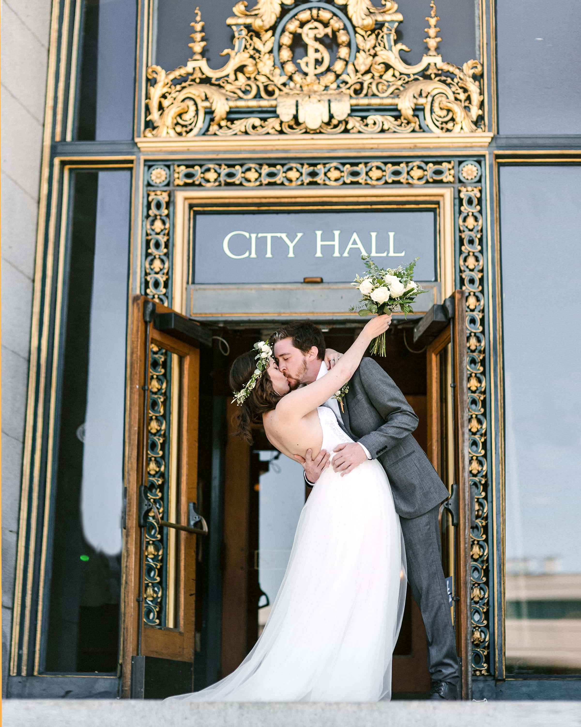 A zero waste wedding at San Francisco City Hall from www.goingzerowaste.com #zerowastewedding #cityhallwedding #sfcityhall #elopements #zerowaste #ecofriendly #wedding